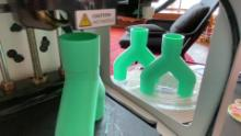 3D printing enthusiasts work from home to help hospitals fight coronavirus