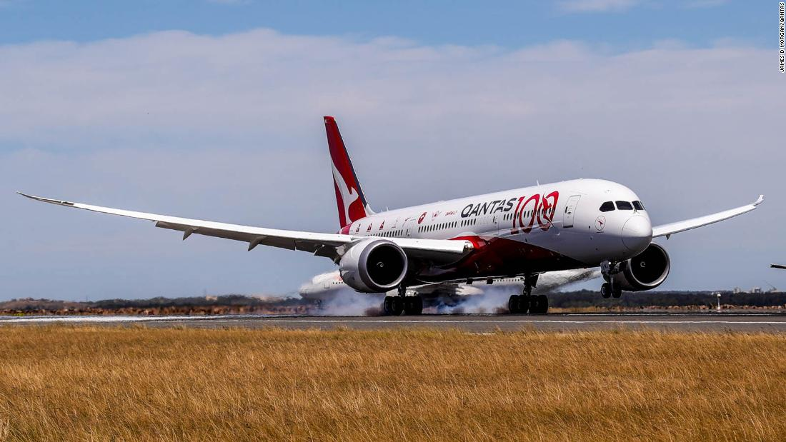 The longest flight in the world is suspended by coronavirus