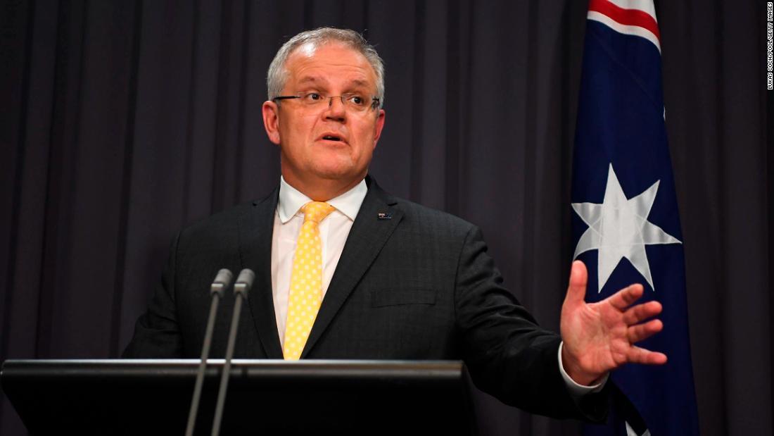 Australia closes beaches amid coronavirus