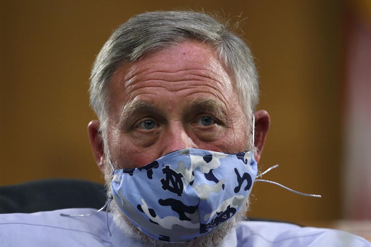 Sen. Coroner in connection with the sale of Corona virus-related stock. FBI warrants on Burr
