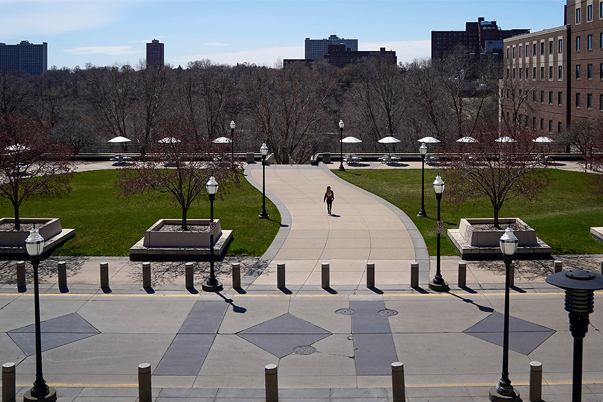 The University of Minnesota regulates its relationship with the Minneapolis police