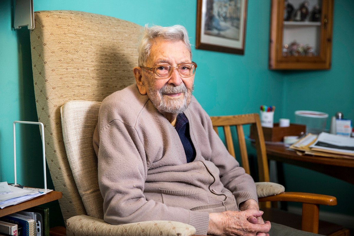 Bob Wheaton, the oldest man in the world, died in 112