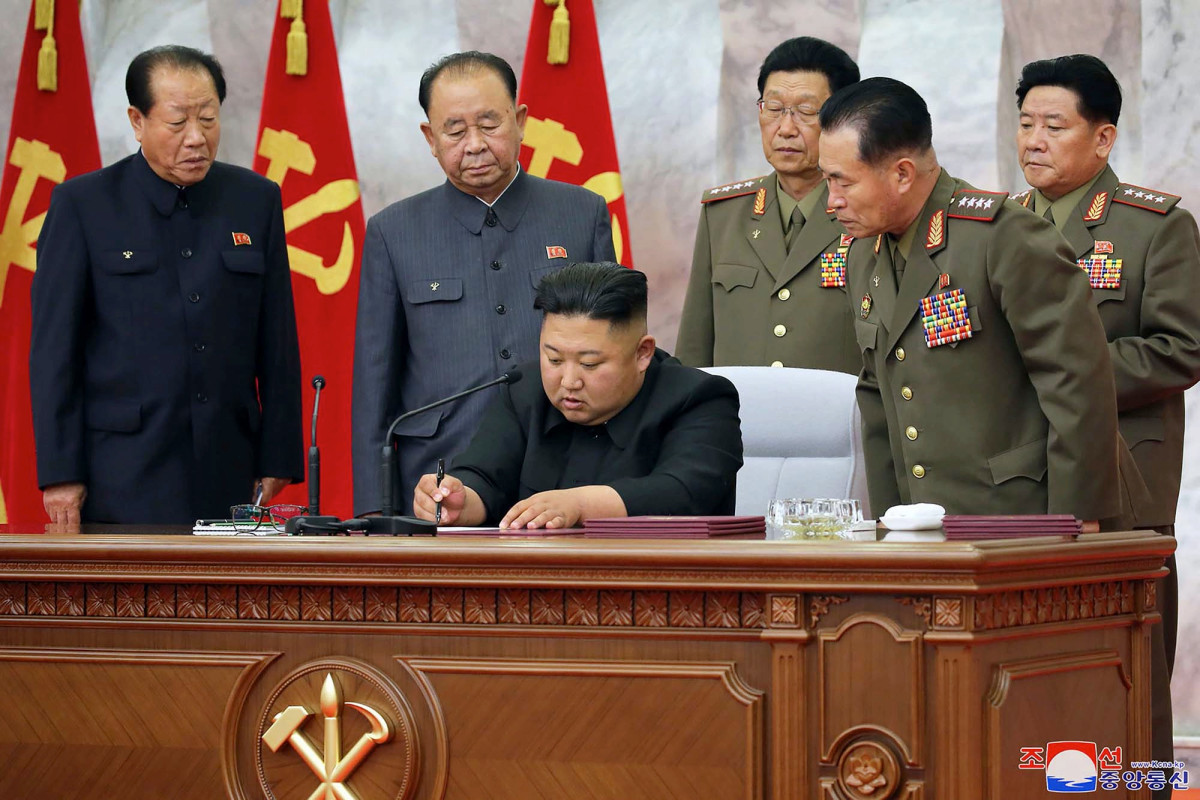 The US charges the North Koreans with a B 2.5 B sanctions-breaking plan