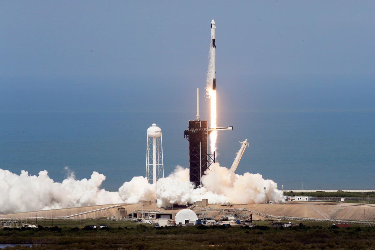 An emergency escape plan if the SpaceX mission goes south