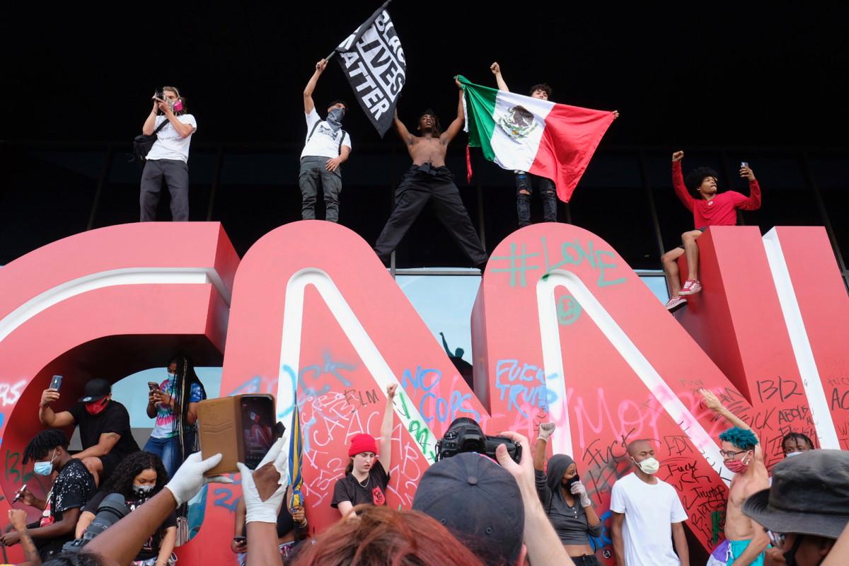 Covington student urges Atlanta rioters to leave CNN Center