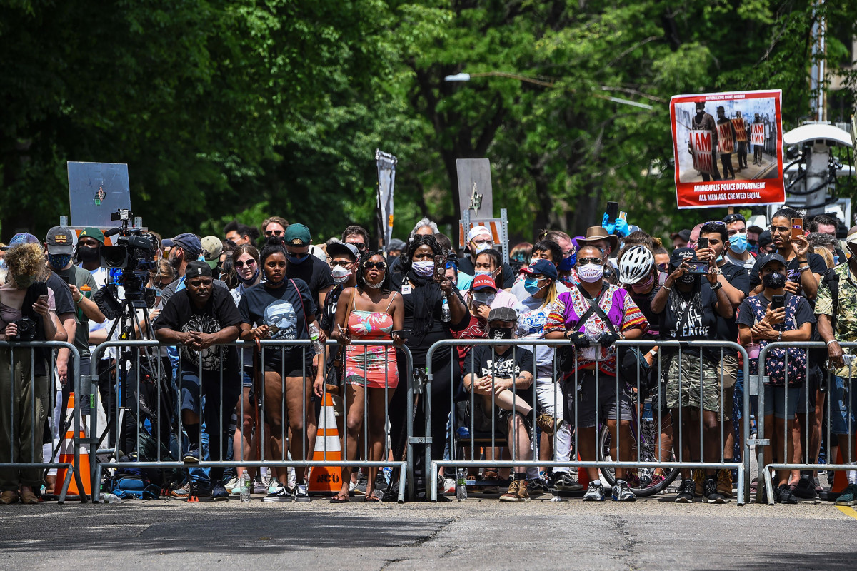 Minneapolis agrees to ban police sockholds in the wake of George Floyd's death