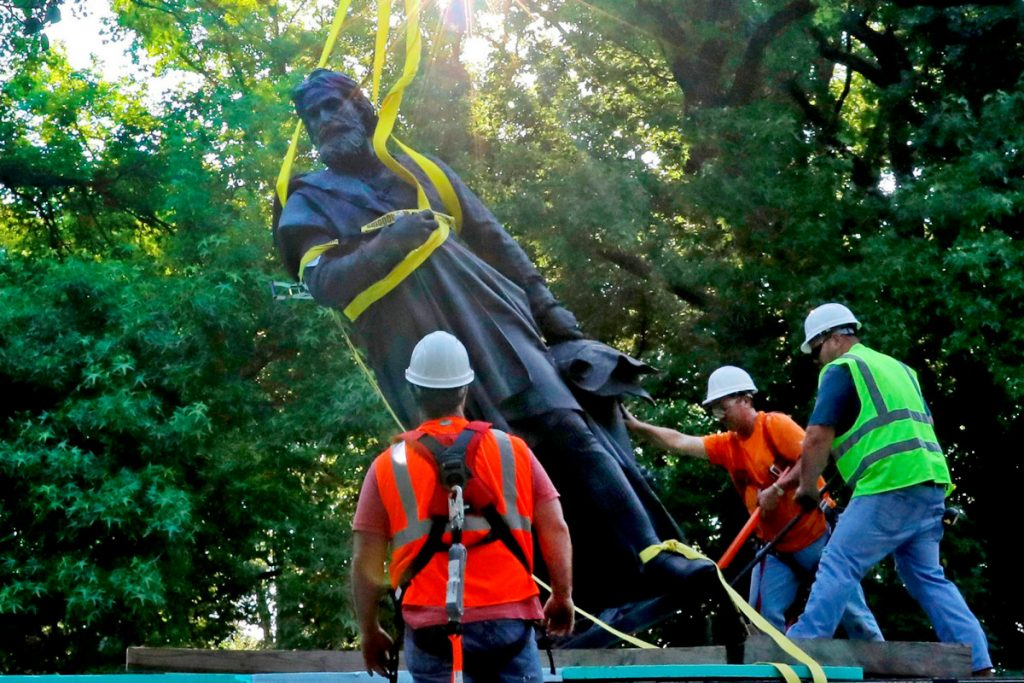 Christopher Columbus statue erected removed from St. Louis park