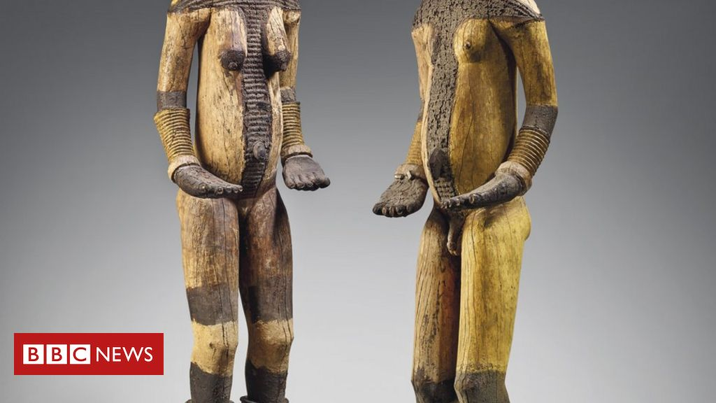 Christie's urged to cancel auction of 'looted' Nigerian artefacts