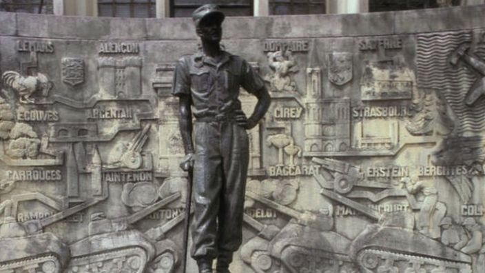 Gen Leclerc's statue was put up in Douala before Cameroon's independence in 1961