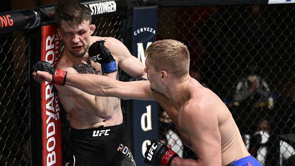 Cornerman defends ignoring Max Rohskopf's pleas to 'call' UFC fight