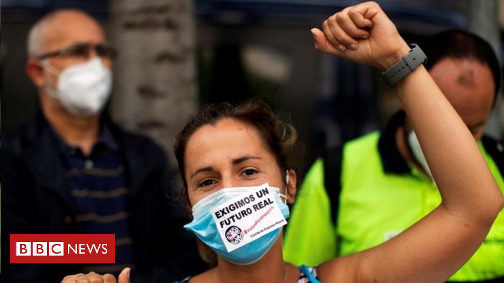 Coronavirus: EU leaders disagree over rescue package