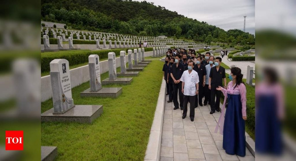 Divided Koreas mark 70 years since war began, but no treaty in sight