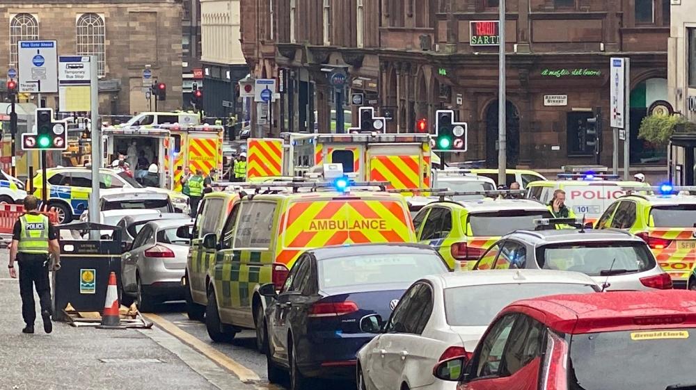 Glasgow stabbing suspect killed after six people injured: UK   UK News