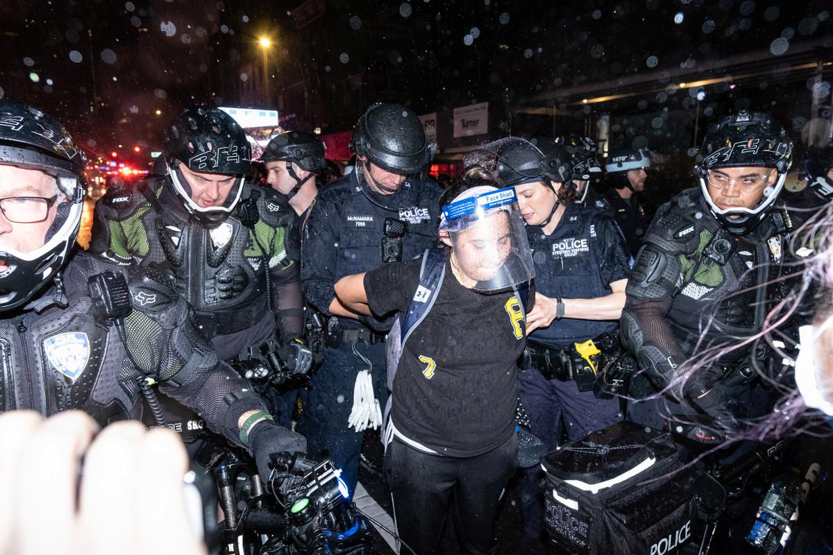 NYPD bike cops break 'turtle uniforms' amid riots