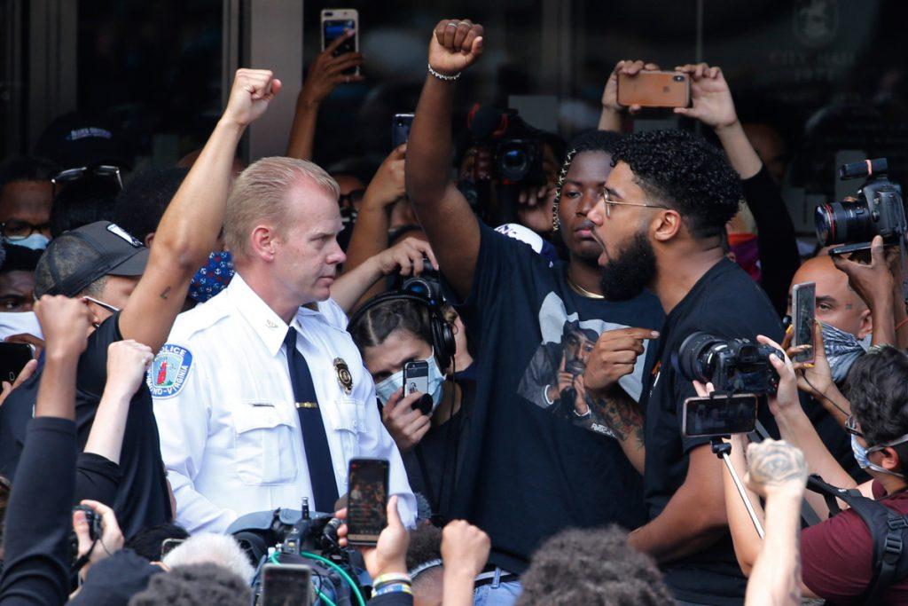 Richmond, Virginia, Police Chief William Smith resigns