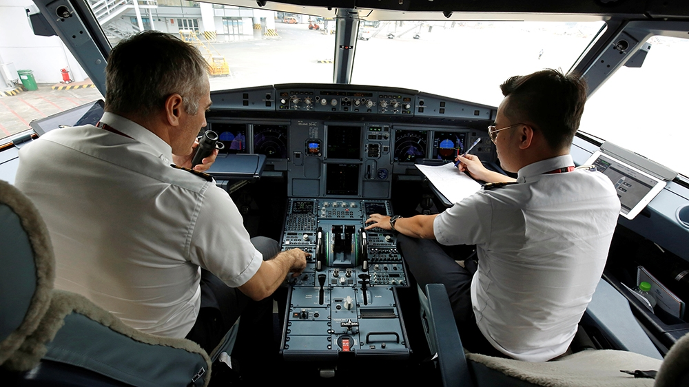 Vietnam suspends Pakistani pilots over suspect licences | Vietnam News