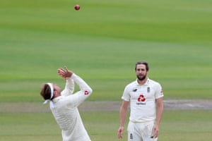 Broad catches the ball to take the wicket Hope for 31.