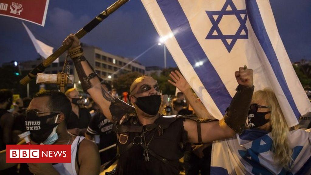 Coronavirus: Thousands protest in Israel over handling of economy