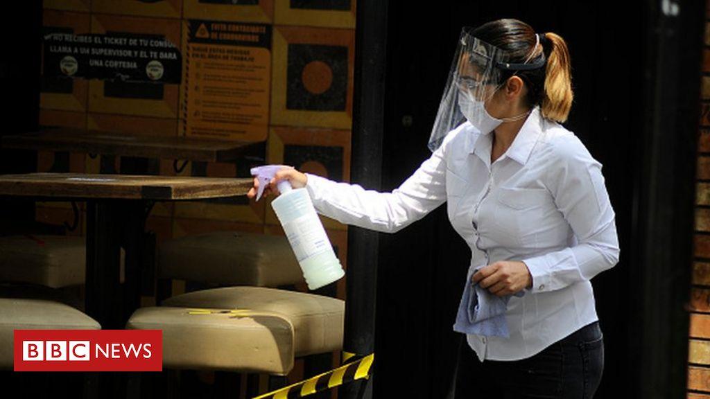 Coronavirus: Mexico's death toll passes 30,000