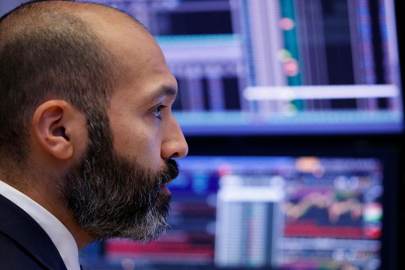 © Reuters.  Fastenal Earnings, Revenue Beat in Q2