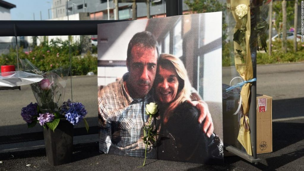 French bus driver Philippe Monguillot dies after attack over mask rules
