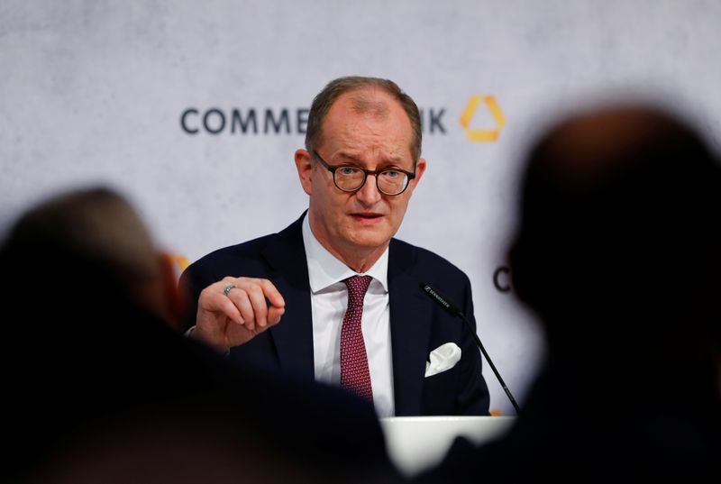 © Reuters. Germany's Commerzbank AG hold their annual results press conference in Frankfurt