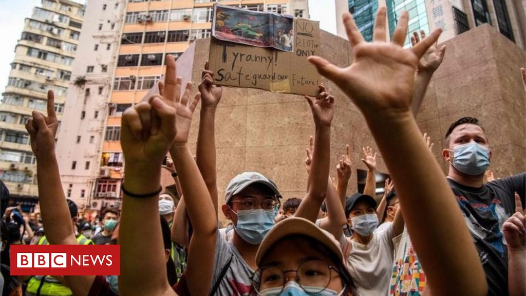 Hong Kong security law: Pro-democracy books pulled from libraries