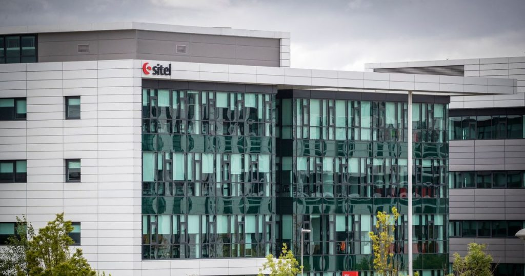 Virus-hit Sitel worker claims bosses shut blinds when police came to investigate safety breach claims