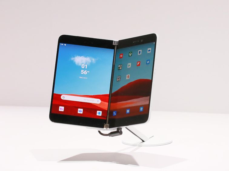 Microsoft Surface Duo vs. its foldable rivals: Galaxy Z Fold 2 and Razr specs compared