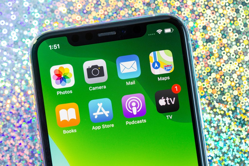 iPhone 11 vs. iPhone XS: Depends on which phone you already own
