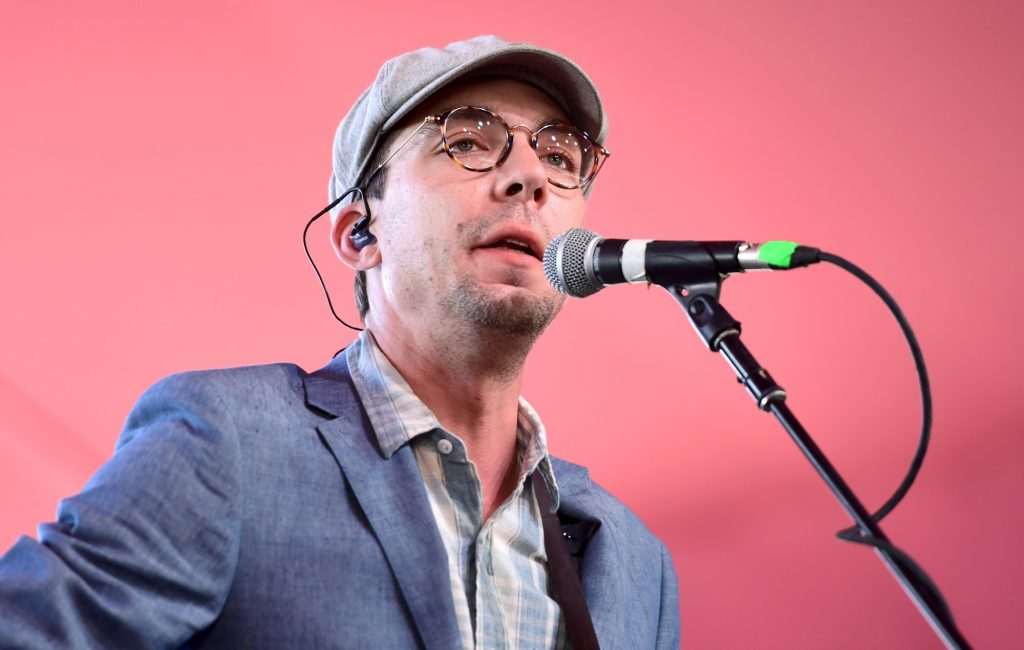 Frank Turner, Stephen King and Billy Bragg pay tribute to Justin Townes Earle who has died