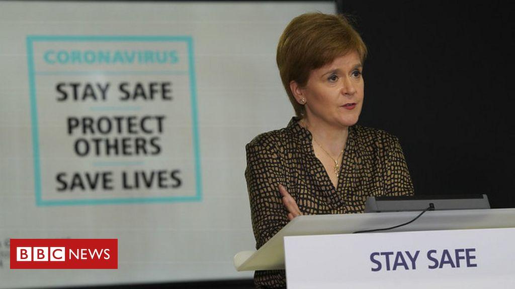Nicola Sturgeon 'sorry' over Scottish exam results