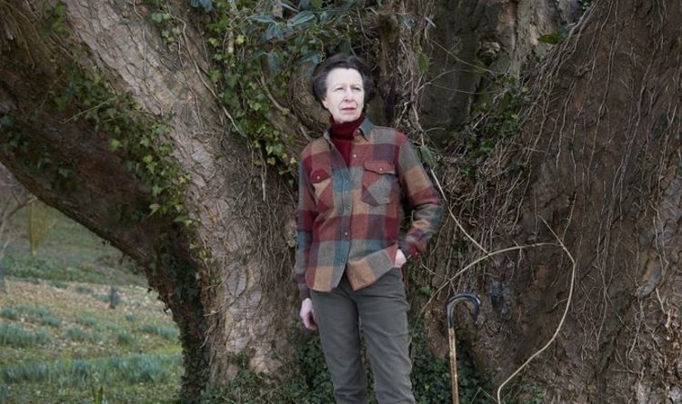 Princess Anne birthday: Royal fans sent into meltdown as rare photos are released | Royal | News