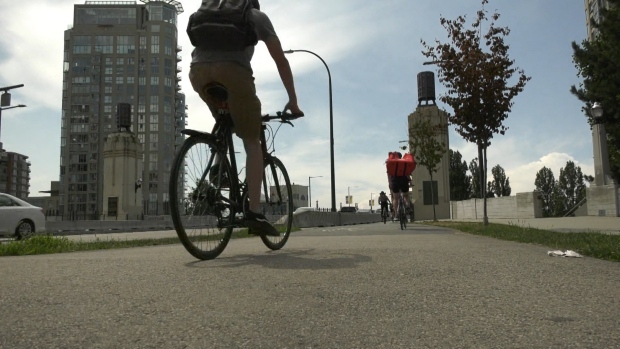 Vancouver's most 'walkable' and 'bikeable' neighbourhoods are also more dangerous for pedestrians and cyclists: study