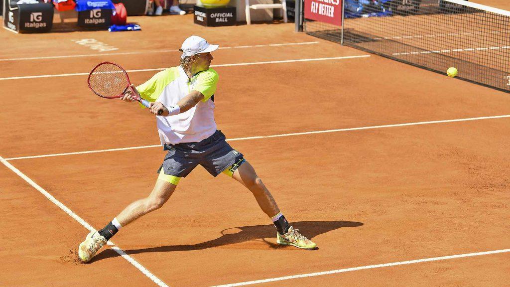 12th seed Denis Shapovalov wraps up last Spanish qualifier in Rome    ATP Tour