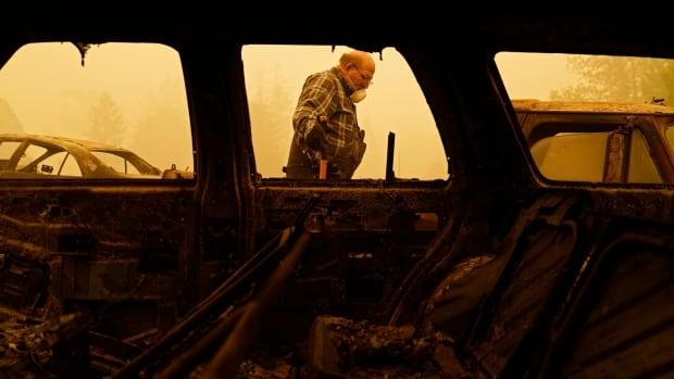 Oregon wildfires force mass evacuation, Trump travels to California