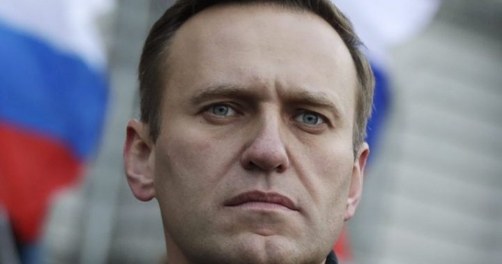 Navalny, Putin's critic, says the German chancellor visited him in hospital after drinking poison