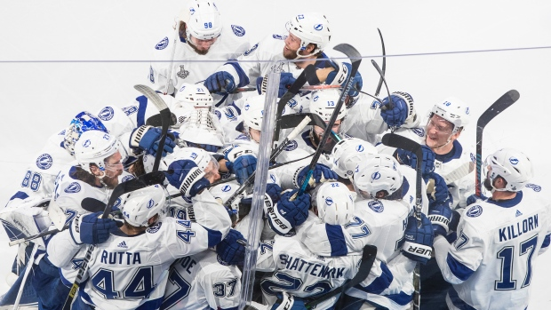 Kevin Shatenkirk scores in OT, Lightning wins Stanley Cup after beating Stars