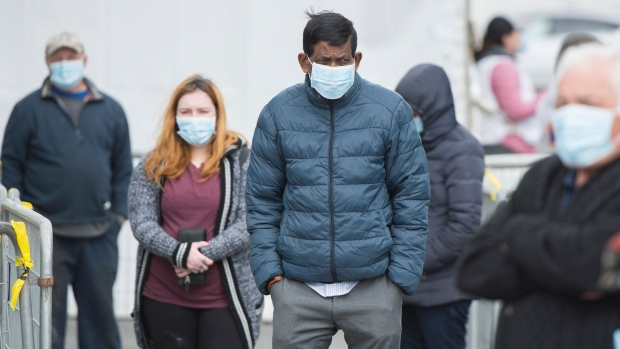 Most Canadians support wearing masks during COVID-19, oppose protests: Poll