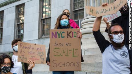New York City Schools & # 39;  Returning to individual classes leaves parents with tough choices
