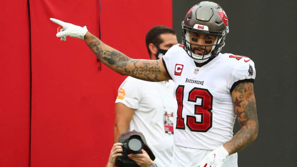 Buccaneers play Mike Evans, Leonard Fournet Bears in a football match on Thursday night