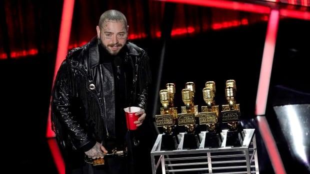 Post Malone sweeps Billboard Awards