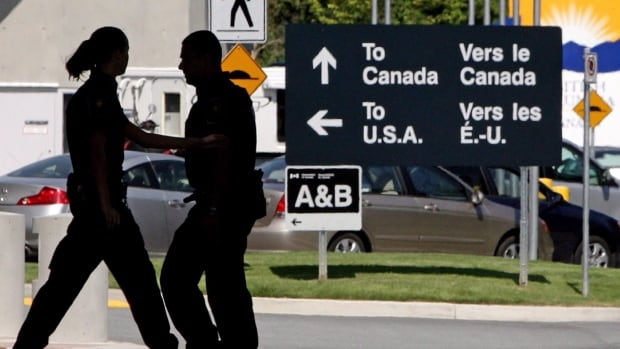 Alberta pilot COVID-19 test at border, which reduces detention time