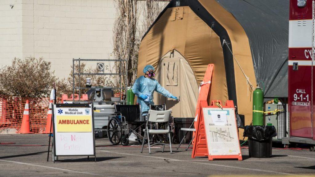 U.S. coronavirus cases break world record daily, experts warn it could get worse