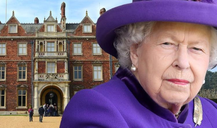 Queen's plot to thwart the crew Christmas uprising and move to her beloved Sandringham |  Royal |  News