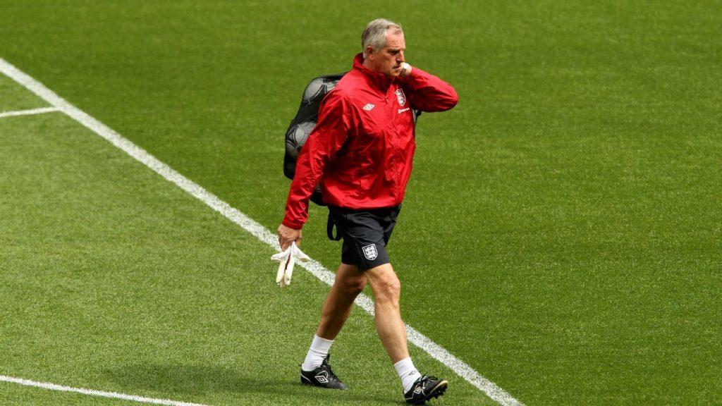 Former England Liverpool goalkeeper Clemens dies at 72