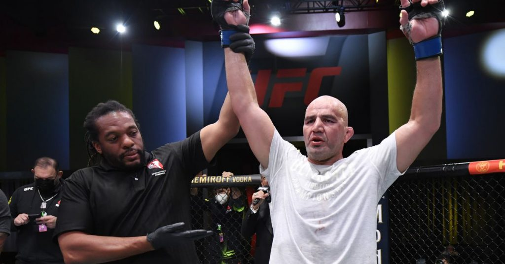 Glover Teixeira calls for title shot after Jungle UFC strangled Thiago Santos at the Vegas 13 main event