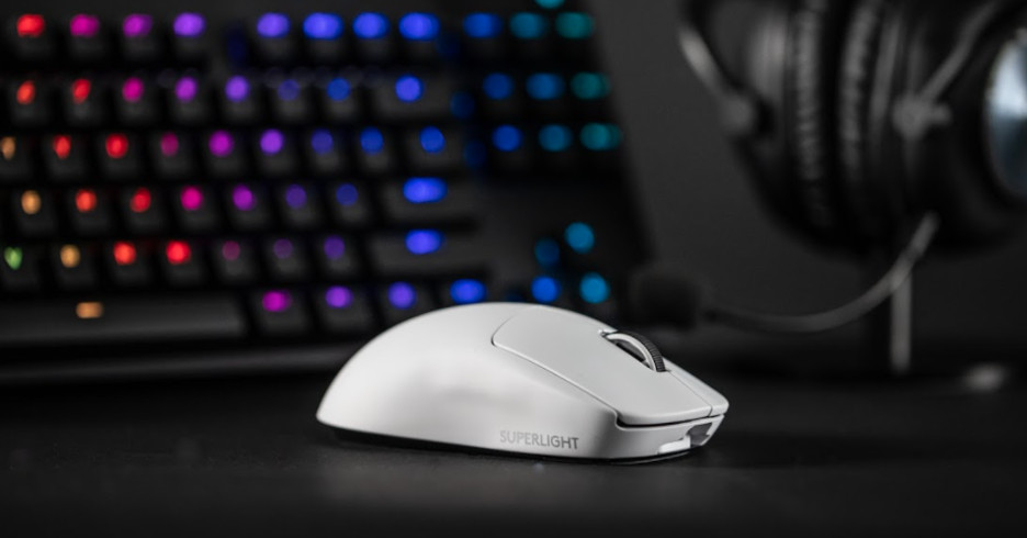 Logitech's G Pro X Superlight and its lightweight wireless gaming mouse