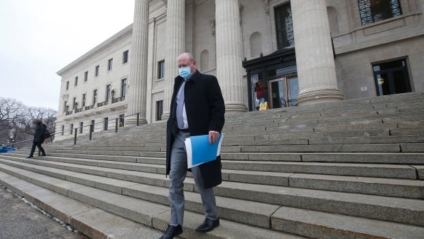 Manitoba recorded 9 COVID-19 deaths and 474 new cases on Thursday