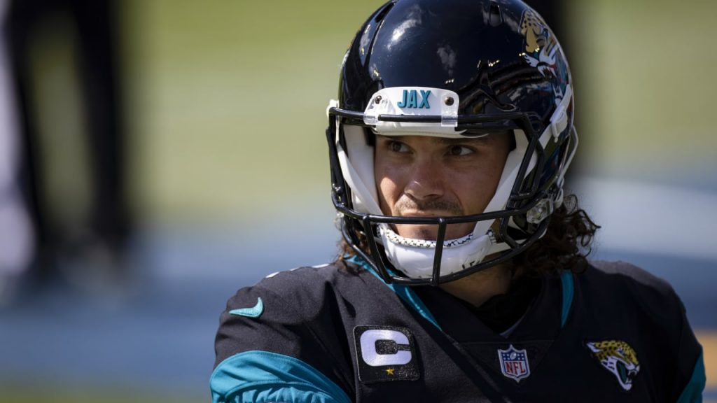 Monday NFL injury and 10th week roster news